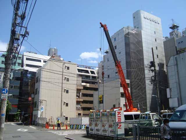アパホテル池袋駅北口建築現場2010-5