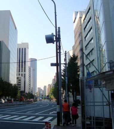 アパホテル<田町 三田>建設地から田町方向を見る