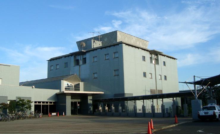 川崎国際交流センター 正面外観