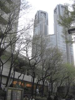京王プラザホテルと都庁