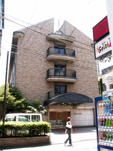 六本木の「熊本会館」