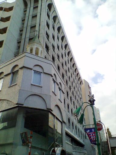 ラガール・ドゥ・ラビー新宿 外観