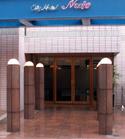 シティホテル ニュー・アーバン・タイム・アンド・スペース玄関