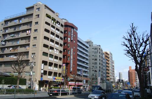 ビジネスホテル新宿インとその周辺