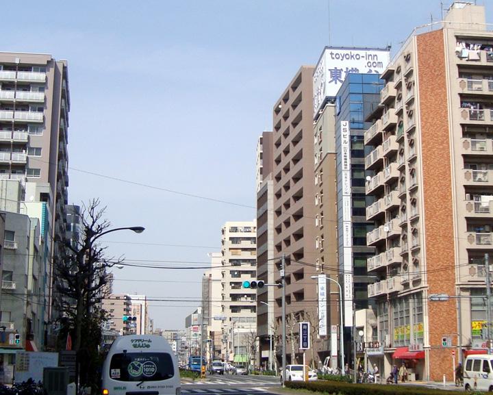 東横イン上野田原町駅から田原町交差点方向の眺め